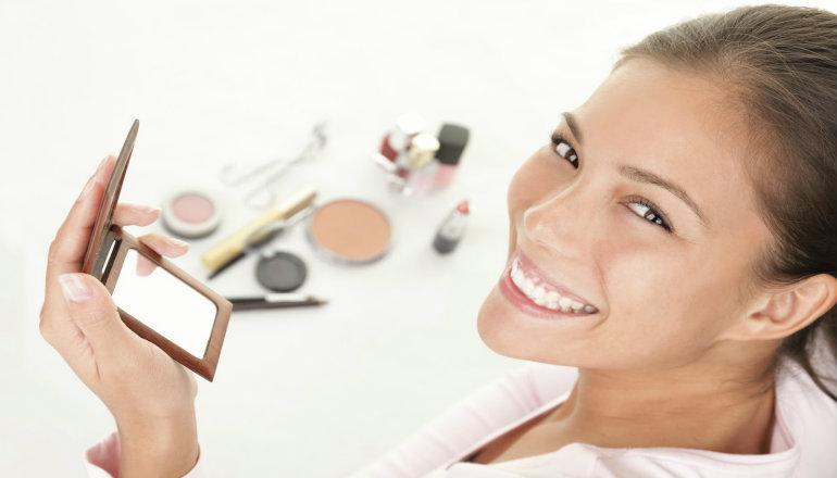 make-up - Services Vintage beauty Harborne